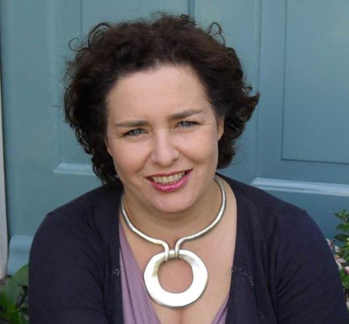 Claire Calman